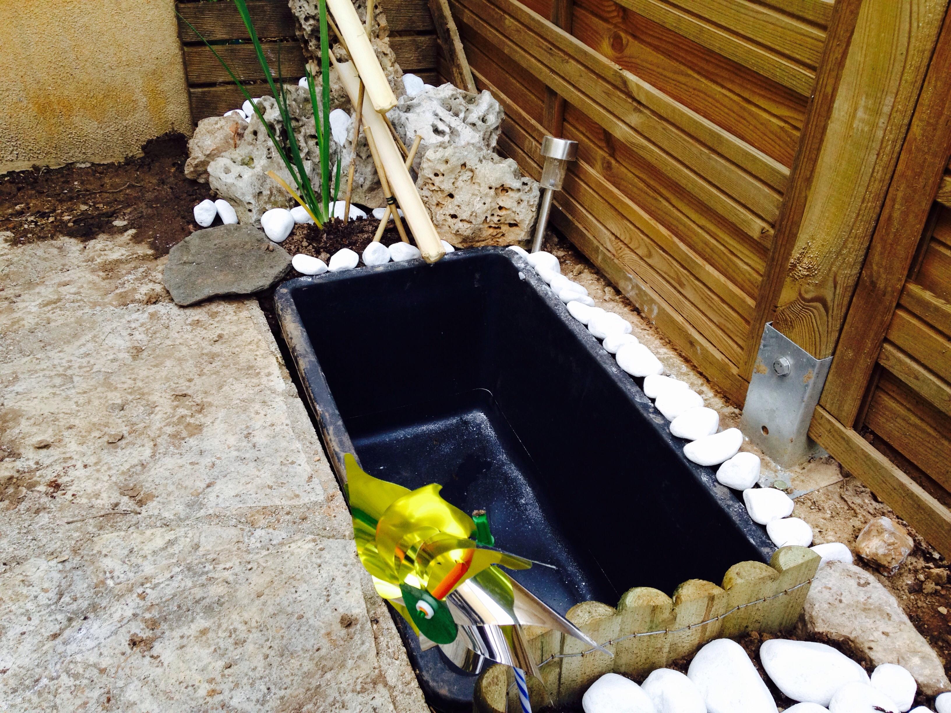 Un bassin pour le balcon - Comment creuser un bassin ...